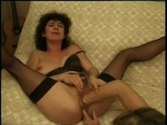 French Lesbos Licking and Fisting