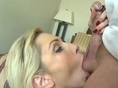 Milf hunter stuffs mouth of cutie by cock