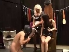 Dominatrix-Bitch with thrall in chastity and sissy