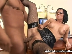 Renata Black in She's so dedicated that she lets her boss fuck her ass - AdultMemberZone