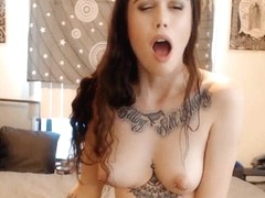 Tattooed Babe With Pierced Nipples Fucked Her Pussy
