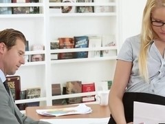 Vanessa convinced her boss finally to fuck her on the desk