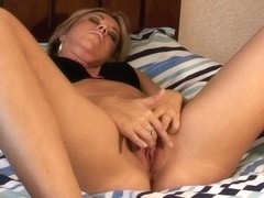 The Female Orgasm: Elle MacQueen Fingers