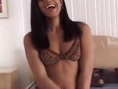 Pretty Black Babe Knows How To Suck Dick