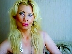 Blonde WebCam Mature With Amazing Tits