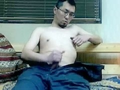 Korean mechanic masturbating