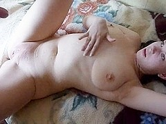 Chubby amateur on homemade sex tape