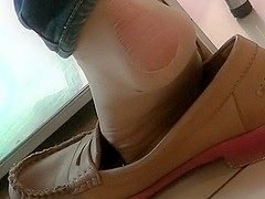 Candid pantyhose shoeplay in cafe N53