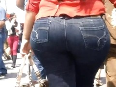 Candid Booty 43
