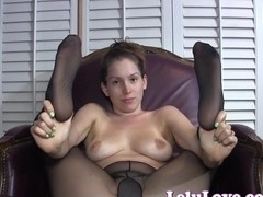 She gives jerkoff encouragement with pantyhose feet