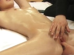 Blonde hotty blindfolded bound drilled by stranger receives agonorgasmos