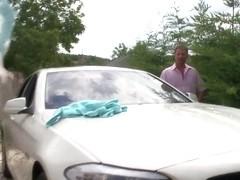 Aletta Ocean washes a car of David Perry
