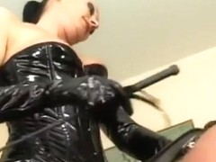 Ponyplay with the German Leather Ridingmistress