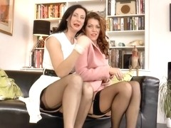 English milf pussylicked by redhead euro babe