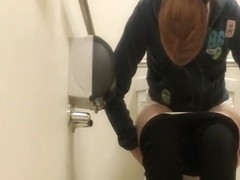Girl cleaning shabved pussy after pee