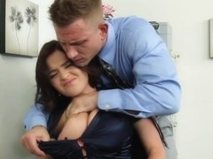 Krissy Lynn & Bill Bailey in Naughty Office