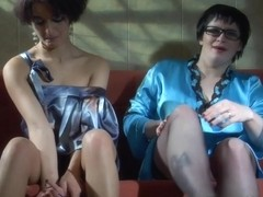 KissMatures Video: Stephanie and Inessa