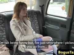 Ginger brit cockriding cabbie on backseat