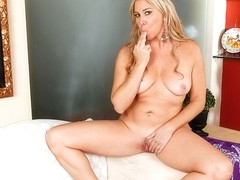 Angela Harley in Hit The Spot - Anilos
