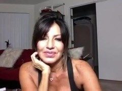 Big boobs xxx clip with a brunette masturbating
