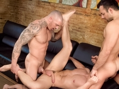 Marc Dylan & Francesco D'Macho & Frederic Duris in Sexo In Barcelona - Part 1 Video
