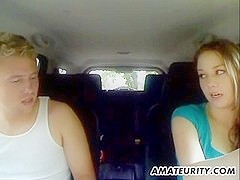 Hot amateur girlfriend sucks and fucks in her car