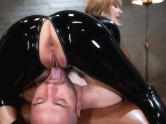 Opinion maitresse madeline pissing