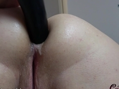MyDirtyHobby - Curvy babe plays with 2 dildos at the same time